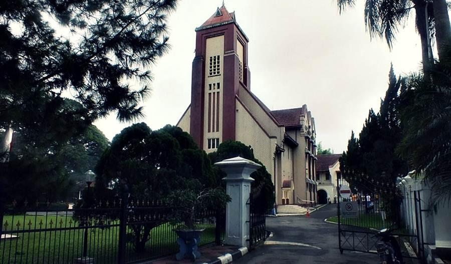 Pindah Agama - Gereja Zebaoth Bogor 2015